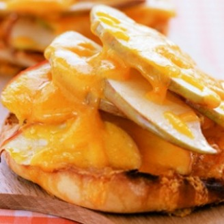 Apple-Cheddar English Muffin